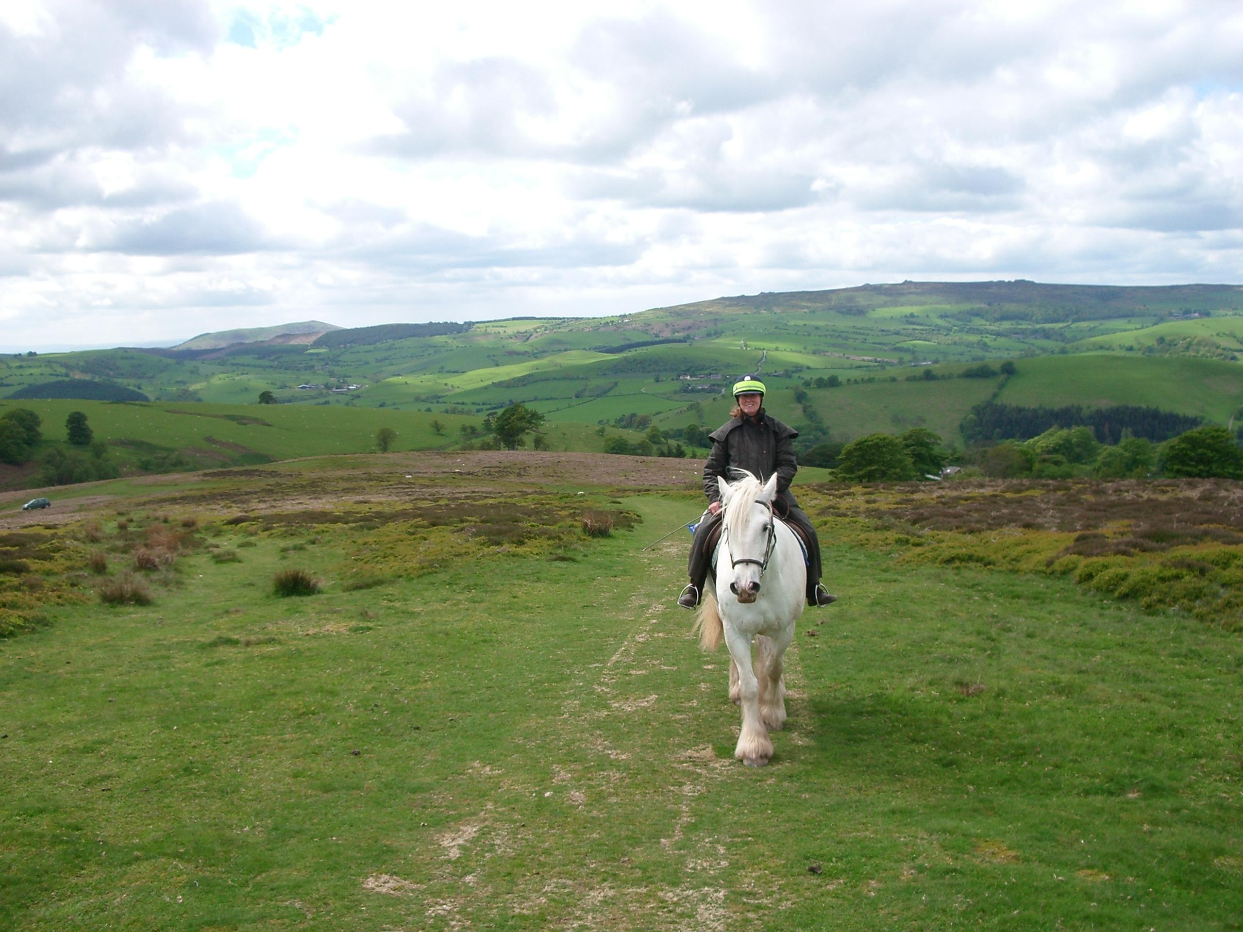 2 horse riders on Mitchels Fold
