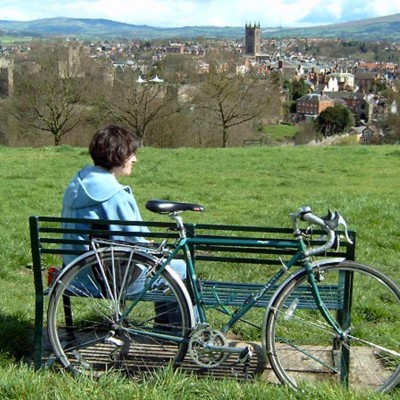 Circular cycle routes from towns image